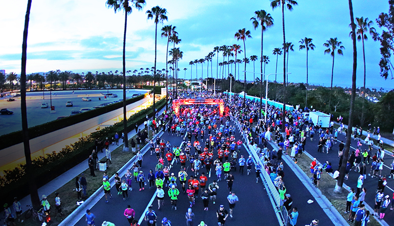 Runners at the starting line at the OC Marathon